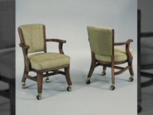 D660 Club Chair w_ casters