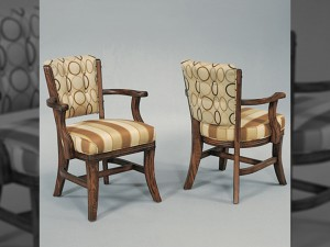 D660 Club Chair