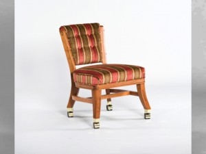D960 Club Chairs w_ casters (armless)